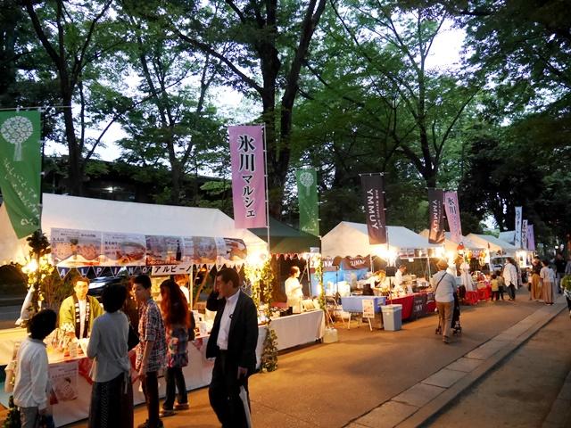 、大宮氷川参道で地元グルメが楽しめるイベント「氷川マルシェ」も開催。
