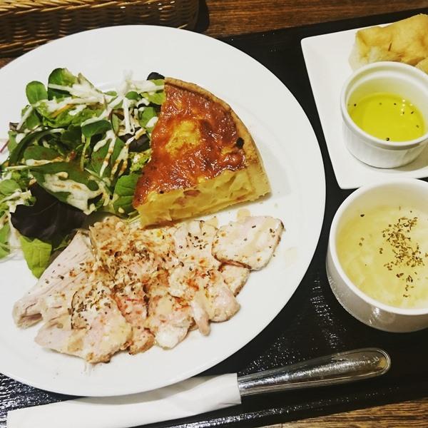 caffe & bar PONTE  カフェ バル ポンテ 北浦和